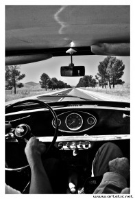Photo outing with old cars in the Atlas mountains in Morocco