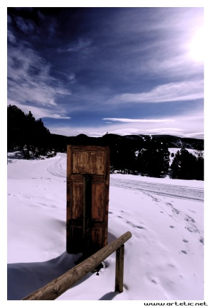 Unexpected door in the pyrenean mountains
