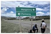 Crossroad to reach Pontseng