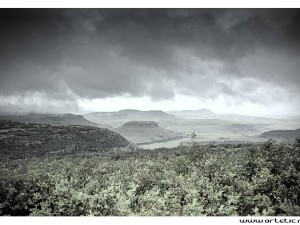 View of Drakensberg plateau when the storm is coming