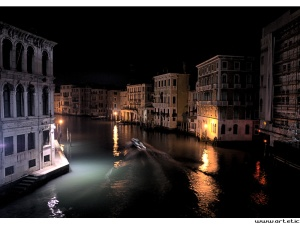 Photo of Venice and the grand canal by night