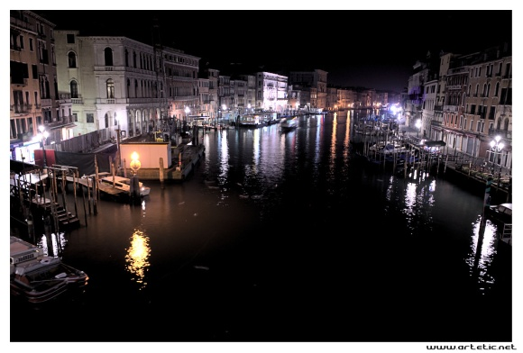 Night view of grand canal in Venice from Rialto bridge