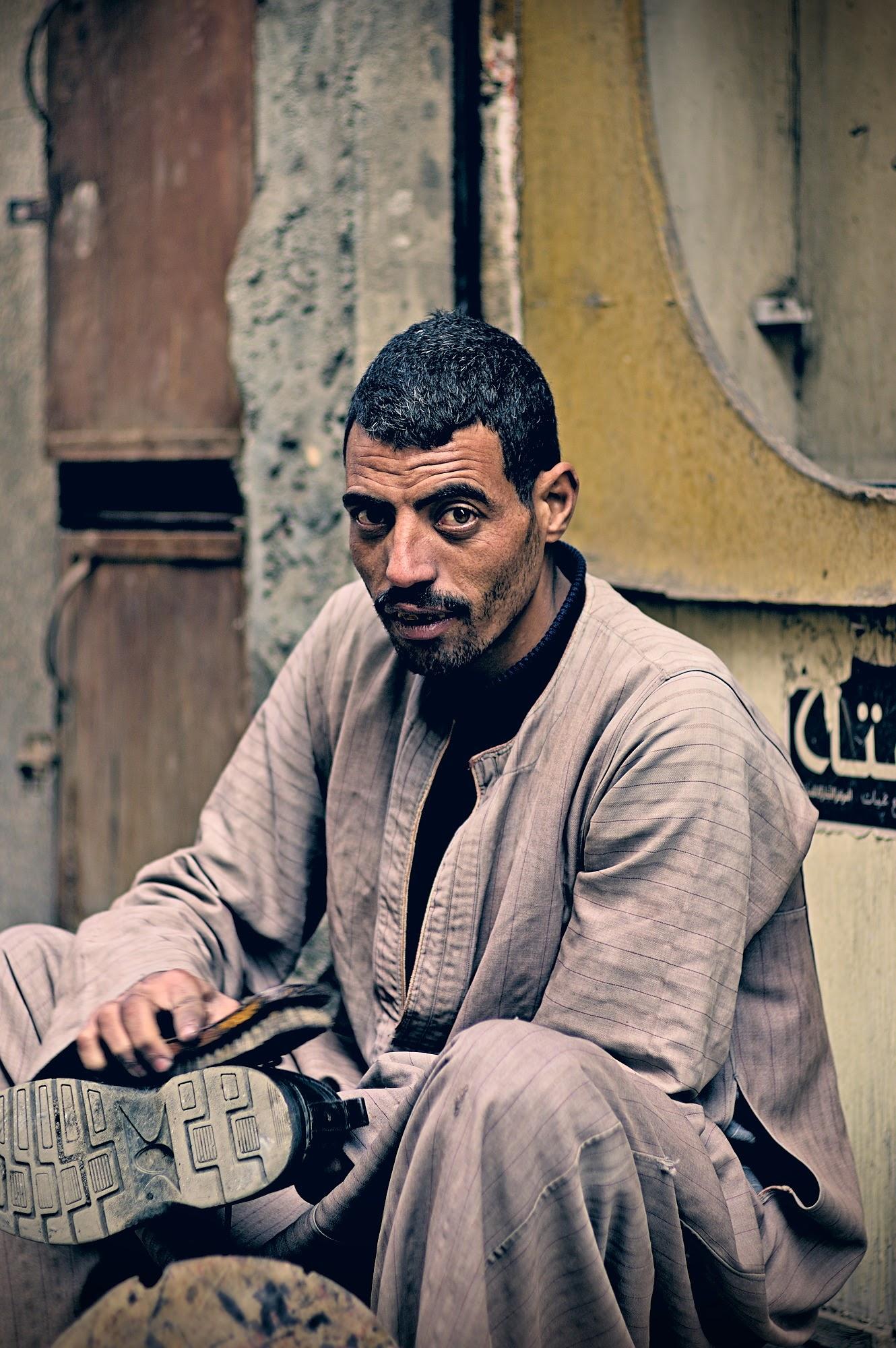 Tahrir Square shoeblack